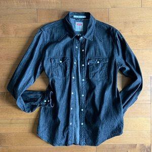 Levi's | Modern fit black denim button down
